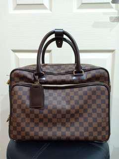 💢Sale $1,400💢 LV Bag