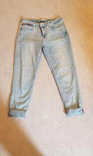 Zara Light Washed Jeans