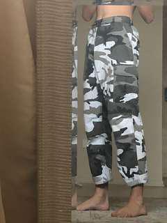 Camp pants