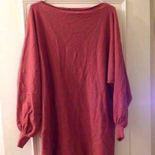 🚚 全新寬袖縮口毛衣、可以遮屁股