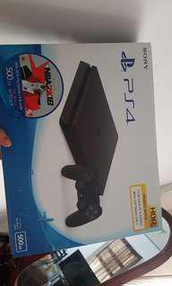 SONY PS4 500GB + Freebies