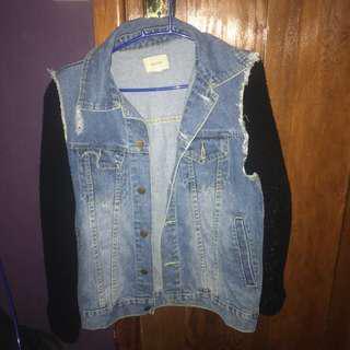 goldie denim jacket size small