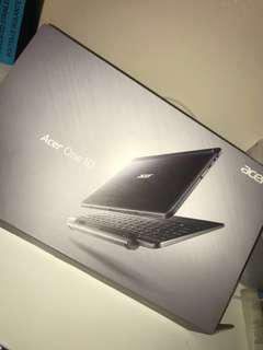 Acer One 10 Laptop/Tablet