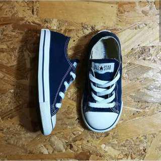 Sepatu Anak Converse Chuck Taylor All Stars Navy