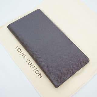 Very Excellent Condition Like New Authentic Louis Vuitton Taiga Wallet Brown 2012
