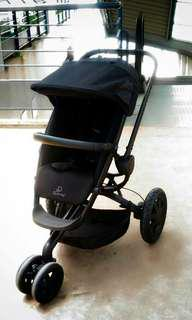 QUINNY BUZZ ALL BLACK LIMITED EDITION
