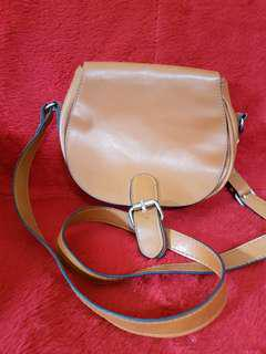 *repriced*Small Sling Bag