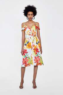 LOOKING FOR THIS ZARA DRESS