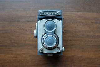 Yashica A 古董雙眼相機