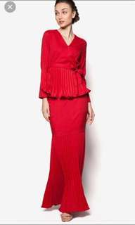 ✨Authentic✨ Lubna Red Pleated Wrap Baju Kurung Kebaya Dress in Size S