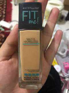 Maybelline Fit Me Matte and Poreless Foundation 228 Soft Tan