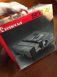 Reflecta 1800 AF 幻燈片機 like new condition  Auto Focus Slide Projector 要換燈泡 need to replace the bulb