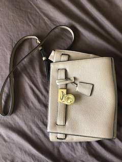 LIKE NEW MK CROSSBODY