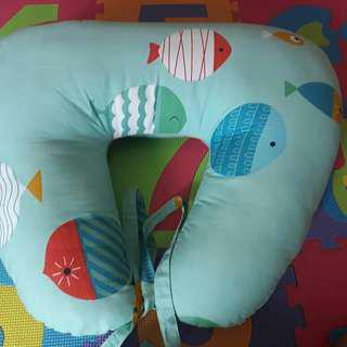 Pre loved nursing pillow