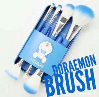 Doraemon Brush, murah meriah aja harganya, yu pesan.