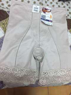 🚚 日本製塑褲