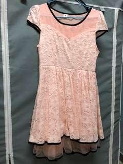 粉色 蕾絲 短袖 連衣裙