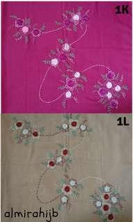 Jilbab sulam segi empat tile handmade