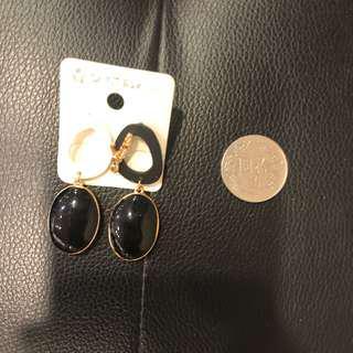 🚚 韓系黑白色垂釣式耳環