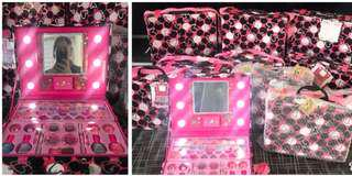 Make up kit with light
