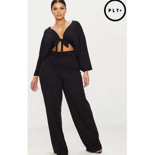 Pretty Little Thing -Plus Black Crepe Batwing Cut Out Jumpsuit Size AU 24