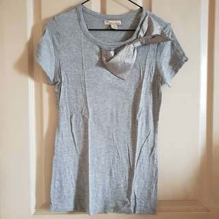 Forever 21 Bow Gray Top