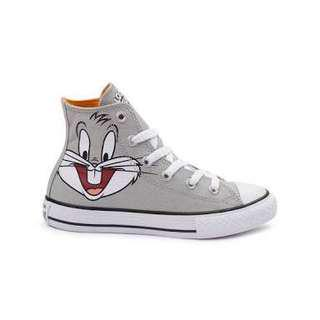 Converse all star bugs bunny size 7