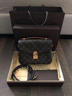Louis Vuitton Pochette Metis Monogram Shoulder Bag AUTHENTIC!!