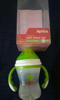 Aprica軟質吸管寶寶學1習杯,soft spout cup
