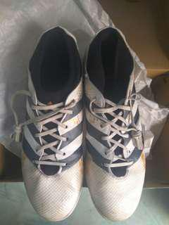 Nego Sepatu Futsal Adidas Original Second Fit Size 42
