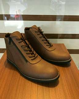 Sepatu kulit Boots Casual Distro Fashion CLS.014