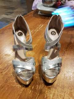 Size 6, Silver and chrome heels