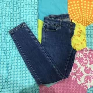 Uniqlo lowrise jeans