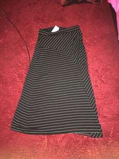Mango Midi skirt with front slit