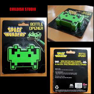 Classic Video Game Space Invaders BOTTLE OPENER.
