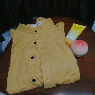🚚 米黃襯衫