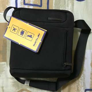 Brand New World Traveller Body Bag