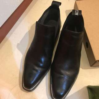 Staccato formal shoes