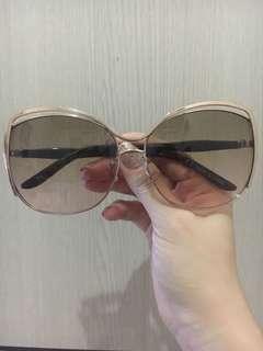 Kacamata Rubi