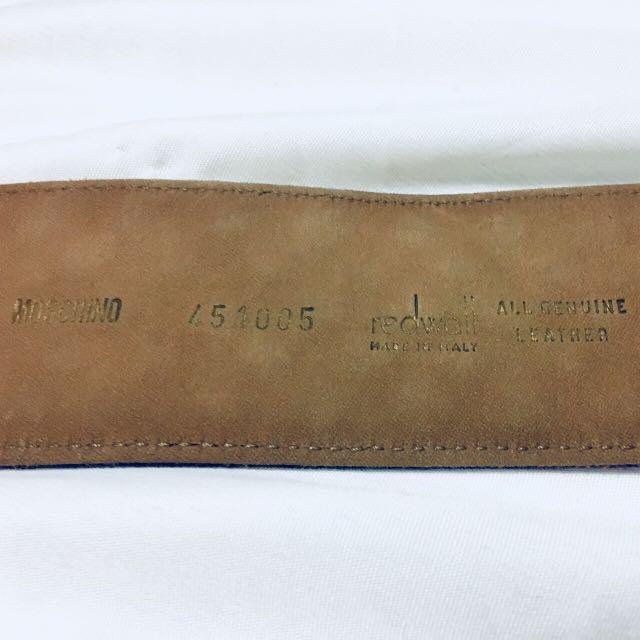 Authentic NWT Vintage purple Moschino Suede Belt. XS