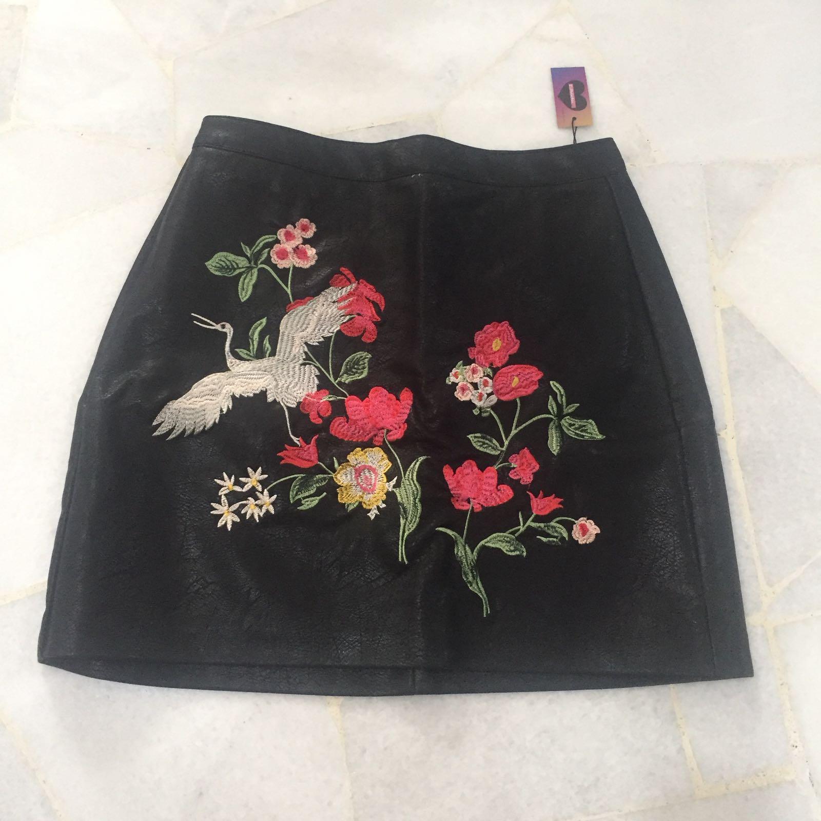 ff0fd8d97 Embroidered Leather Mini Skirt Zara – DACC