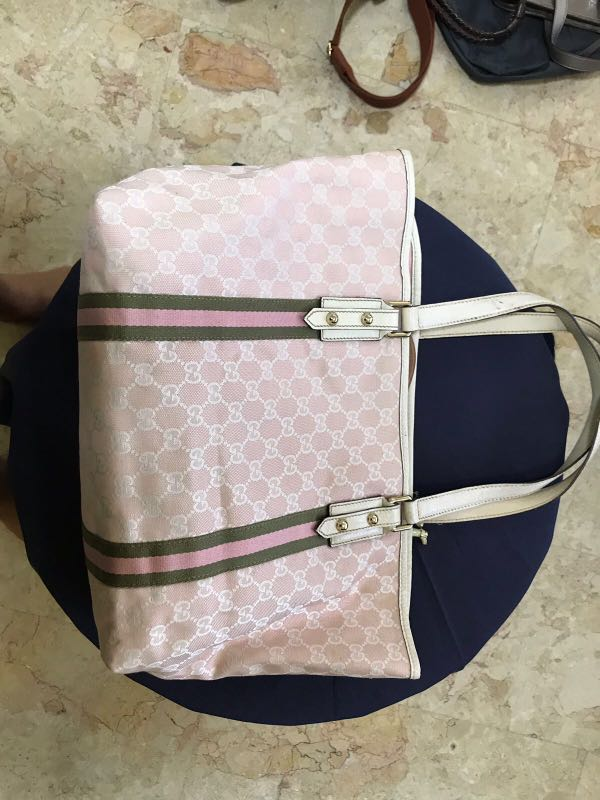 0d8b626294d9 Gucci, Luxury, Bags & Wallets, Handbags on Carousell