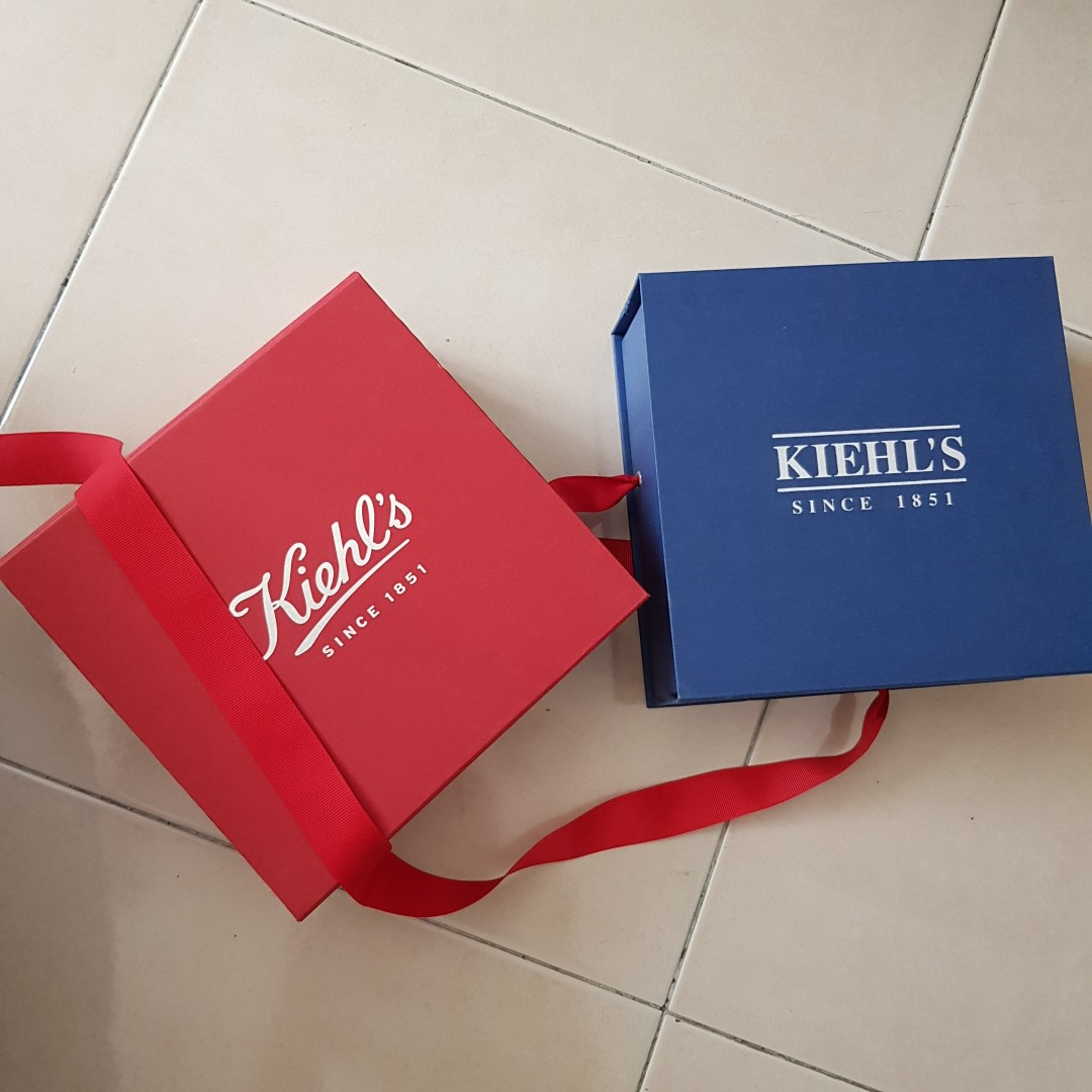 Kiehls Birthday Gift Boxes For Him And Her Vintage Collectibles On Carousell