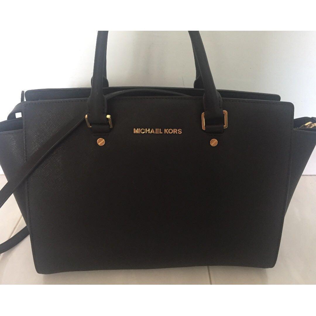 eeacabc83f27 Michael Kors (MK) Selma Saffiano Leather Medium Satchel in Black ...