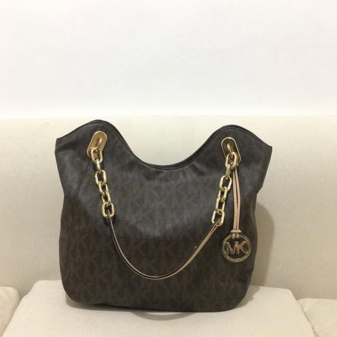748475bb7b04 MK Michael Kors Chain bag