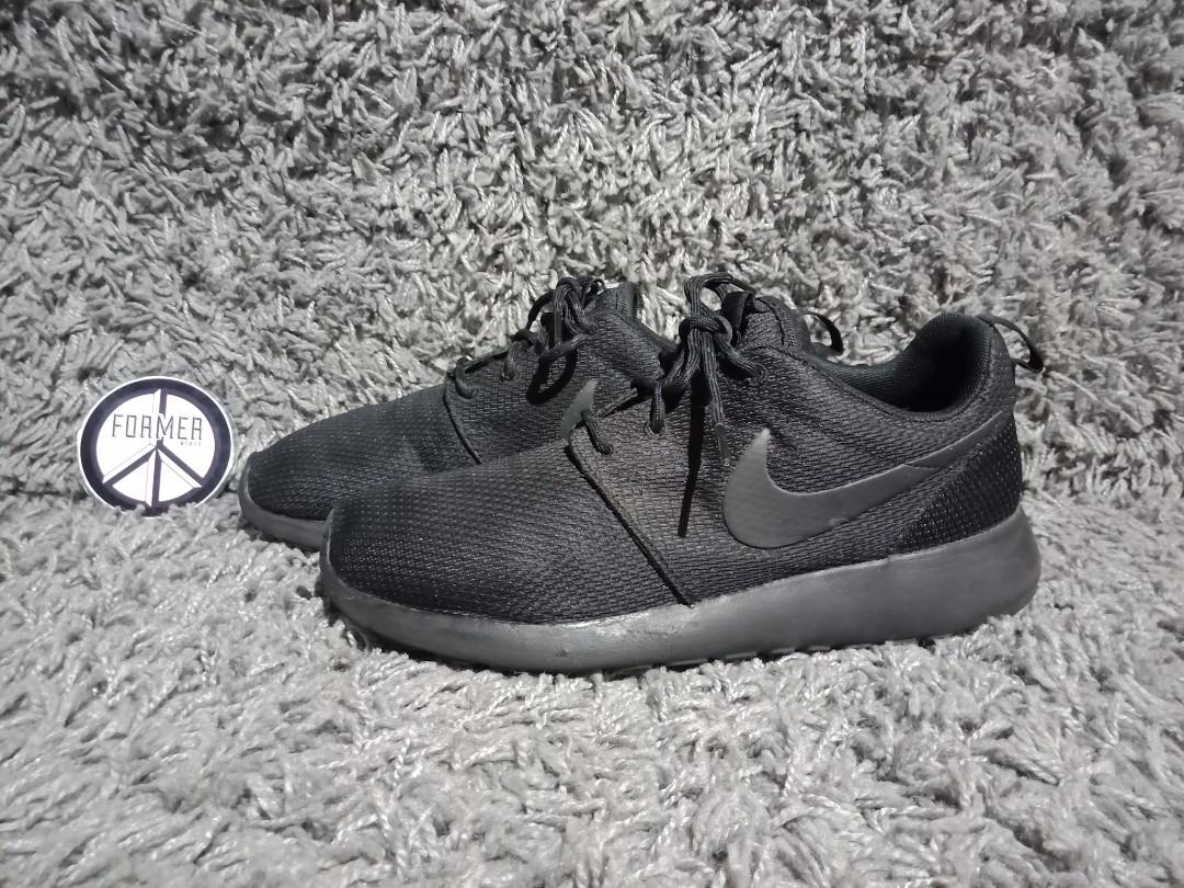 Nike Preloved Fesyen Pria Sepatu Di Carousell