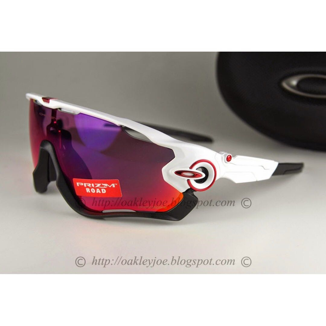 6a6cef62a0a Sale Brand New Oakley Jawbreaker polished white + prizm road