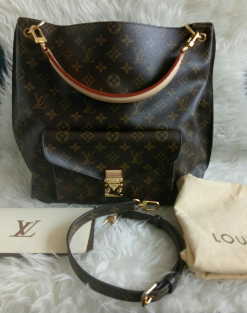 Tas Preloved Louis Vuitton Metis Hobo Original Second LV Bag Authentic fbd98777e6