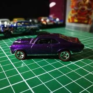 Hot Wheels 2003 Chevy Nova 1968 Red Line