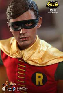 Hottoys MMS219 - Batman (1966): Robin